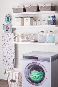45 Super ideas for linen closet organization ikea organizing ideas – Laundry Room İdeas 2020 Laundry Decor, Small Laundry Rooms, Laundry Closet, Laundry Room Storage, Laundry Room Design, Laundry Detergent Storage, Laundry Drying, Basement Laundry, Clothes Storage