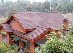 ONDUVILLA is a bitumen based roofing tile. It's a complete, aesthetic and unique roofing solution for your roof with its unique accessories.