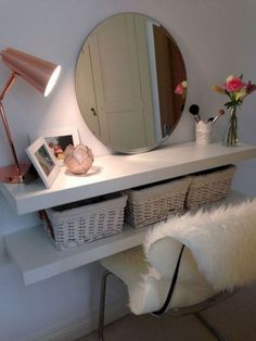 45 Stunning Small Apartment On A Budget Decor Ideas 2018 apartmenttherapy apartmentdecorating apartmentdecor 852447035696856237 Cheap Home Decor, Diy Home Decor, Apartment Decorating On A Budget, Bedroom Decor On A Budget, Dorm Room Organization, Organization Ideas, Small Apartments, Apartment Living, Decoration
