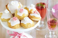 rose and almond cakes