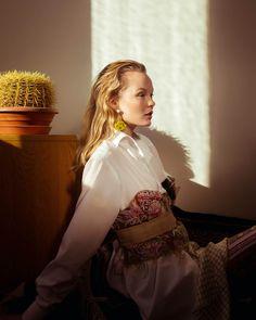 Bloom with grace Fashion: @Adriane_lila Photo: @theresakaindl MUA: @patriciaheck.de Assistant & Photo: @tobiaskönigphoto Model: @verahilmars