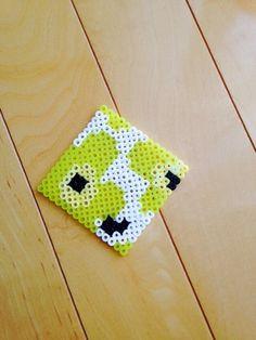 Marimekko Unikko pattern perler beads by kann Crafts To Make, Fun Crafts, Crafts For Kids, Fuse Beads, Perler Beads, Perler Coasters, Iron Beads, Marimekko, Beading Patterns