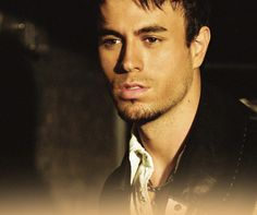 Enrique Iglesias Underwear | Warning: Not for girls with weak heart! :) Enrique's smile, pics!