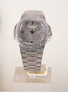 patek philippe iced out Patek Philippe Aquanaut, Luxury Watches For Men, Rolex Watches, Accessories, Jewelry, Nautilus, Diamonds, Jewlery, Jewerly