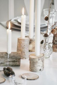 Simple table setting with DIY candlesticks - Deko - Wedding Wedding Decorations, Christmas Decorations, Table Decorations, Wedding Table, Diy Wedding, Birch Wedding, Rustic Wedding, Deco Nouvel An, Advent Candles