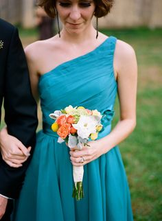 I like this teal bridesmaids dress :) Wedding 2015, Wedding Wishes, Wedding Bells, Dream Wedding, Teal Bridesmaid Dresses, Wedding Dresses, Wedding Motiff, Teal Weddings, Aquarium Wedding