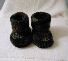 Crochet Baby Camo/Camouflage Booties Size 3 by HaldaneCreations, $5.00