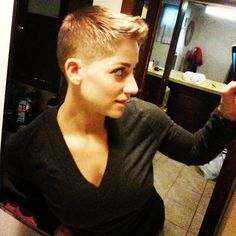 Thanks Kevin for the sweet shape up! Short Quiff Haircut, Quiff Hairstyles, Cool Hairstyles, Short Buzz Cut, Short Pixie, Pixie Cut, Short Styles, Long Hair Styles, Pixie Styles