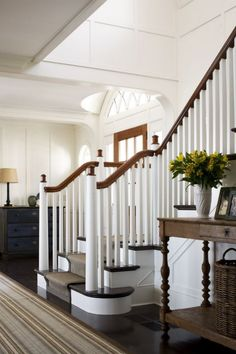 Entrance Hall Rugs Say Welcome - James Radin Design - stripe rug love! Foyer Staircase, Entry Hallway, Entrance Hall, Entryway, Coastal Homes, Coastal Living, Coastal Cottage, Beautiful Interiors, Beautiful Homes