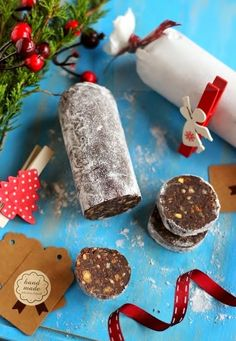 Juditka konyhája: ~ CSOKOLÁDÉSZALÁMI ~ Oreo Cupcakes, Cake Cookies, Hungarian Recipes, Xmas Food, Edible Gifts, Holiday Dinner, Kitchen Recipes, Diy Food, Street Food