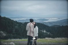 #engagementphotos ??  . #photographer #engagments #wedding #weddingdress #photoshoot #weddingphotography #weddinghair #weddingmakeup #weddingrings #engaged #photographer #nature #hiking #mountains #clouds #love #ring #ring #forest