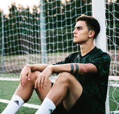Post di Instagram di Paulo Dybala • Set 24, 2018 at 5:44 UTC Cristiano Ronaldo Juventus, Juventus Fc, Neymar, Football Is Life, Football Boys, Soccer Guys, Football Players, Mbappe Psg, Cr7 Junior