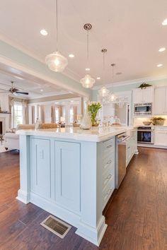 House of Turquoise: Coastal Kitchen House Of Turquoise, Turquoise Kitchen, Turquoise Top, Beach House Kitchens, Home Kitchens, Coastal Kitchens, Dream Kitchens, Beach Cottage Style, Coastal Style