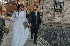 A 1970's Vintage Gown For An Intimate And Personal York City Wedding | Love My Dress® UK Wedding Blog + Wedding Directory