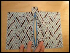Zippered Clutch Tutorial - PURSES, BAGS, WALLETS - Over this winter break I decided I wanted to try writing a tutorial. This tutorial has definitely been done before, but I hope my version will help ma Coin Purse Tutorial, Zipper Pouch Tutorial, Tote Tutorial, Sewing Hacks, Sewing Tutorials, Sewing Crafts, Bag Tutorials, Easy Sewing Patterns, Bag Patterns To Sew