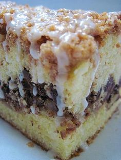 D--- Coffee Cake Ever Hot Milk Cake-Coffeecake.old, old recipe for the best coffee cake you have ever had!old, old recipe for the best coffee cake you have ever had! Just Desserts, Dessert Recipes, Pudding Recipes, Hot Milk Cake, Breakfast Dishes, Breakfast Items, Let Them Eat Cake, Sweet Recipes, Coffecake Recipes