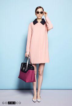 http://goshico.com/en/medium-top-handles-shoulder-coffer-bag-flowerbag-waterproof-material-claret-black-material.html PRICE: 91.50 €