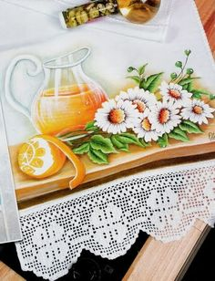 Jarra e margaridas Tole Painting, Fabric Painting, Painting & Drawing, Arte Floral, Floral Motif, Fruit Picture, Filet Crochet, Diy And Crafts, Creative