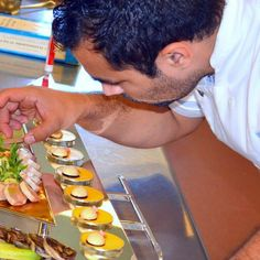 #work #instafood #inspiration #USA #CHILE #foodie #foodstagram #foodlover #eeeeeats #culinary #foodlovers #foodart #truecooks #gastronomy #finedining #chefsofinstagram #igersfood #eater #chefslife #gastroart #chefstalk #instagood #tagsforlike #like4like #food #repost #art #chrisloff #theartofplating #cmctraining by crieloff