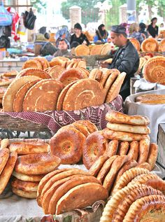 Street Food at the bazaar in Margilan, eastern Uzbekistan. A friend from there gave me some of their bread. World Street Food, Street Food Market, Brunei, Laos, Silk Road, Farmers Market, Sri Lanka, Afghanistan, Iran