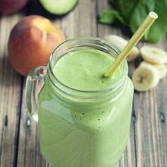 This Banana Peach Green Smoothie will have you wanting all the leafy goodness! Smoothies are so amazing because of all the possible food combinations that create something delicious, and this banana peach green smoothie is a winner! Green Smoothie Recipes, Juice Smoothie, Smoothie Drinks, Smoothie Bowl, Healthy Smoothies, Healthy Drinks, Healthy Snacks, Healthy Eating, Healthy Recipes