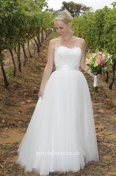 elegant a-line strapless floor length layered tulle wedding dress