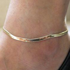 Buy new ankle bracelet foot jewelry pulseras tobilleras heart simple anklets for women girl gift chaine cheville bracelet cheville in Anklets on AliExpress Gold Anklet, Silver Anklets, Anklet Jewelry, Feet Jewelry, Chain Jewelry, Boho Jewelry, Jewlery, Foot Bracelet, Anklet Bracelet