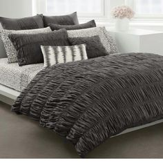 This is my bedset and I absolutely LOVE it!