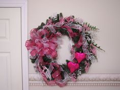 Pink and white valentine wreath by HearttoHeartNC on Etsy, $40.00