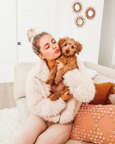 Lots of relaxing at home this week 🐶💕 I'm planning out some videos and want to know what you guys want to see! Leave a request and I'll… Cute Puppies, Cute Dogs, Dogs And Puppies, Doggies, Animals And Pets, Baby Animals, Cute Animals, Cute Dog Pictures, Dog Photos