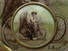 Antique lithograph button.