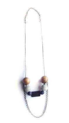 String and chain with grey and navy wood. For price visit website. Visit Website, Wooden Jewelry, Agate, Pearl Necklace, Pearls, Chain, Orange, Navy, Pendant
