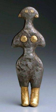Figurine of Goddess from Anatolia, early Bronze Age, circa 2500–2300 BCE