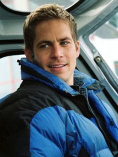 Paul Walker in Eight Below.. his eyes are so dreamy :) It's hard to believe his life was so tragically cut short.. Rest in peace Paul!!