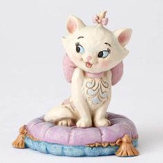 PRE-ORDER: Marie miniature figurine (Jim Shore) from Fantasies Come True