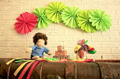 (3) PARTY DECOR very hungry caterpillar party pack   6 pomwheels and 7 by pomtree  #WorldEricCarle #HungryCaterpillar