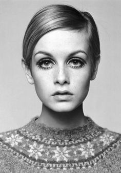 Portrait photograph of the supermodel Twiggy taken by Barry Lategan in 1966