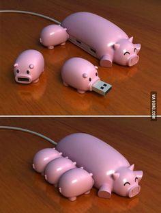 Cute piggy usb hub.