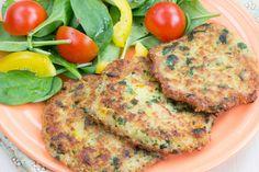 Avevo voglia di qualcosa di sano ma allo stesso tempo sfizioso e diverso dal solito quando mi sono imbattuta nella ricetta delle frittelle di zucchine e quinoa. Non avendo questa ultima in casa son…