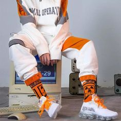 Nike Off-White Air Vapormax White the best running gear Best Sneakers, Sneakers Fashion, Sneakers Nike, Fashion Shoes, Running Sneakers, White Sneakers, Fashion Rings, Outfits Hombre, Cyberpunk Fashion