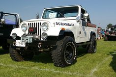 Jeep CJ-8 Scrambler. This looks like my Uncle Willie's jeep, only it's white like mine.