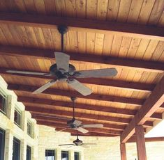 7 Creative and Modern Tips and Tricks: Simple False Ceiling Design false ceiling rustic interior design.False Ceiling With Fan Interior Design. Painted Wood Ceiling, Wooden Beams Ceiling, Open Ceiling, Porch Ceiling, Pop Design, Restaurant Design, False Ceiling Living Room, False Ceiling Design, Balcony Design
