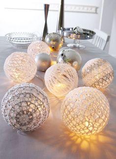 Des boules de Noël en crochet. Bergère de France.