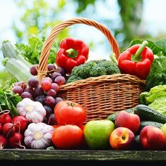 Juice Plus+ provides whole food based nutrition to promote a balanced diet to ensure you get enough servings of fruits, vegetables & grains. Healthy Kidney Diet, Healthy Kidneys, Kidney Health, Healthy Eating, Stage 3 Kidney Disease, Kidney Disease Diet, Kinds Of Vegetables, Fruits And Veggies, Fresh Vegetables