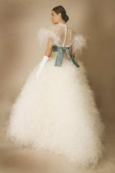 This beautiful dress looks like snowflakes