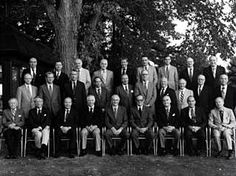 1958: Broader association with London's Whinney, Smith & Whinney establishes the Ernst & Ernst name through Europe, the Middle East, Africa and Australia. #EY