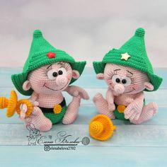 Мастер-класс по вязанию куклы маленький защитник крючком #амигуруми #схемыамигуруми  #мкамигуруми #вязаныеигрушки #вязанаякукла #куклакрючком #amigurumi #amigurumipattern #crochetpattern #amigurumidoll #crochetdoll Pet Toys, Baby Toys, Kids Toys, Newborn Baby Gifts, Leprechaun, Amigurumi Doll, Crochet Dolls, Etsy Handmade, Crochet Patterns