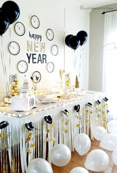 Table Decoration New Year Years Fun Ideas For New Years Eve Party And Beautiful Table . 31 Table Centerpieces Ideas For New Year's Eve Table . Elegant New Years Eve Candle Family Holiday Net Guide To . Home and Family Kids New Years Eve, New Years Party, New Years Eve Party Ideas For Adults, New Year's Eve Celebrations, New Year Celebration, Party Table Decorations, New Years Decorations, Deco Buffet, New Year's Eve 2019