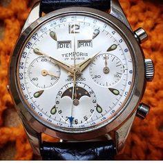 いいね!45件、コメント1件 ― Vintage Watches Collectorさん(@polvervantage2)のInstagramアカウント: 「Temporis (Le Phare) chronograph moonphase triple calendar Valjoux 88 Waterproof case 37mm 1950…」