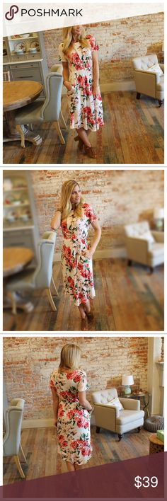 "Ivory floral midi dress with pockets Modeling size small.  95% rayon 5% spandex.  Bust laying flat: S 18"" M 19"" L 20"" length S 46"" M 47"" L 48"". Add to bundle to save when purchasing. IR8750720 Dresses Midi"